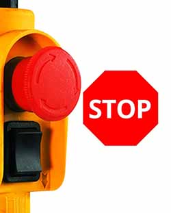 Sur la télécommande du palan TC-EH 250, vous avez un bouton qui sert à monter et descendre, mais également un bouton d'arret d'urgence